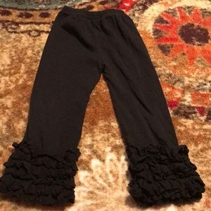 Other - Boutique 4/5 Black ruffled leggings